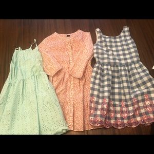 3 Size medium Gap / Old Navy summer dresses